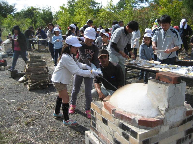 薪割り・石窯ピザ焼き体験